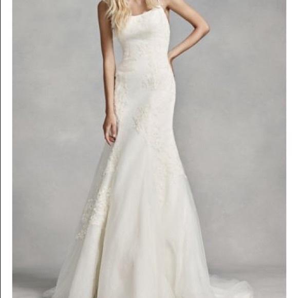 Vera Wang Wedding Dress Low Back